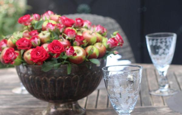 Rosen und Äpfel