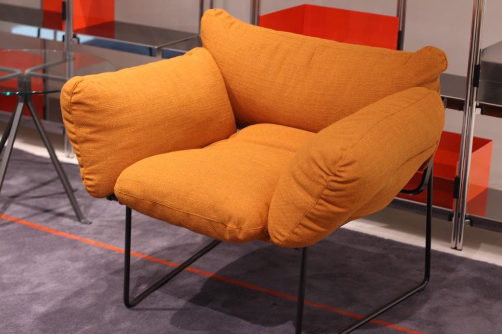 orange farbe bewegt. Black Bedroom Furniture Sets. Home Design Ideas